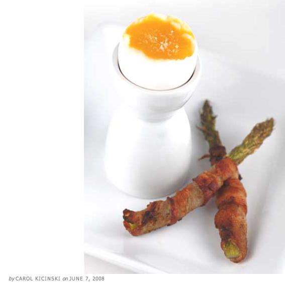 Paleo bacon asparagus eggs