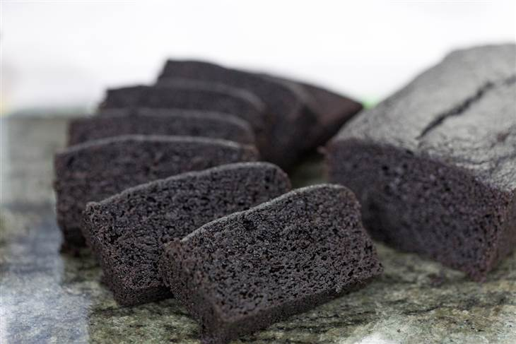 gluten-free chocolate zucchini bread
